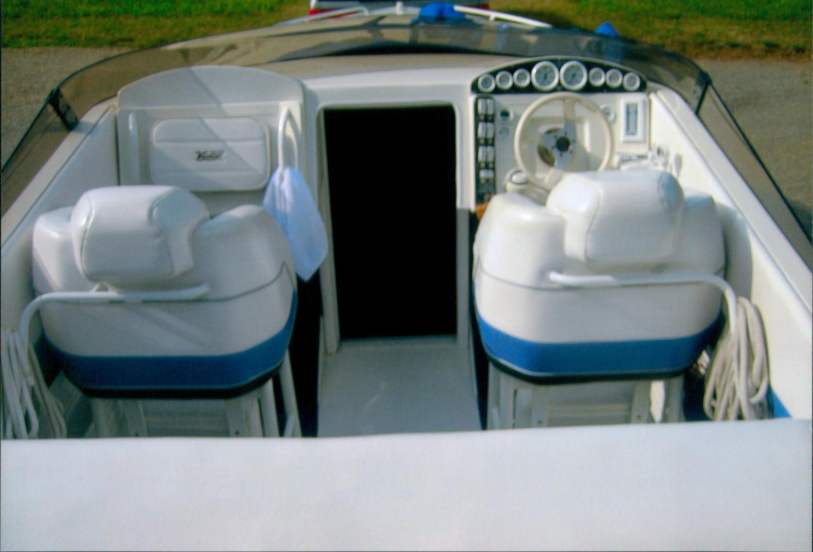 Velocity Powerboats Velocity