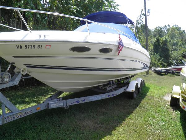 Sea Ray 260Cuddy