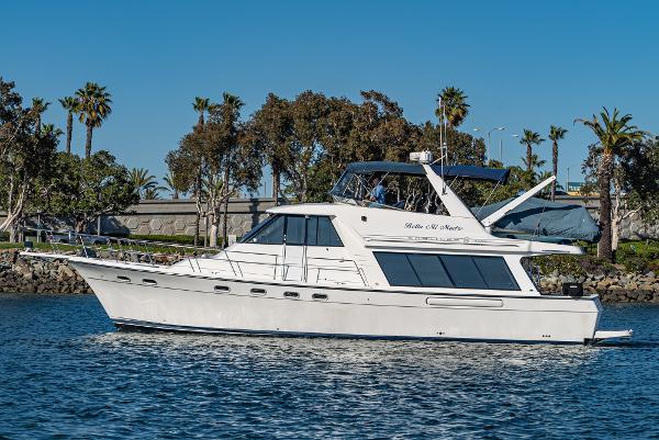 Bayliner Pilothouse Yacht