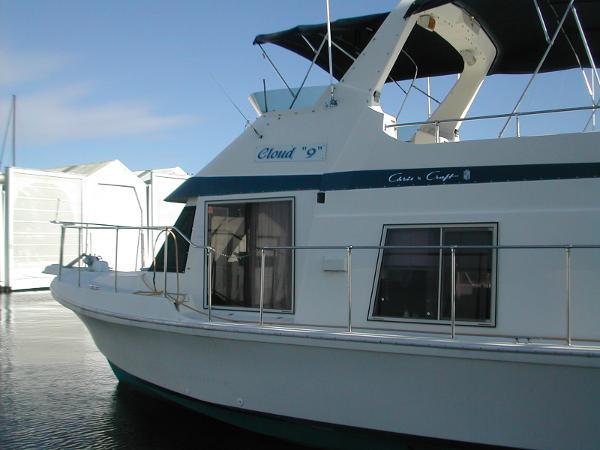 Chris-Craft 450 Yacht Home