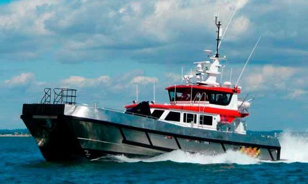 Crew Boat - Wind Farm Vessel Crew Boat - Wind Farm Vessel - Underway