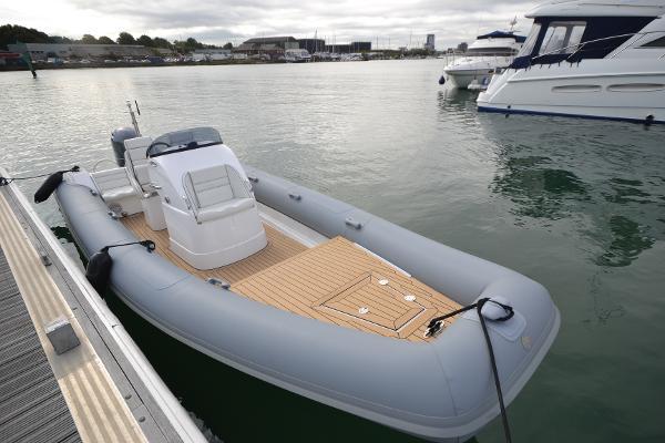 HM Powerboats 7.1 RIB