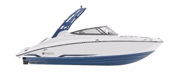 Yamaha Boats 212LTD S