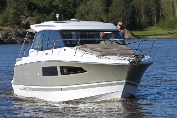 Jeanneau NC 9 boat-NC9_exterieur_20110915110822