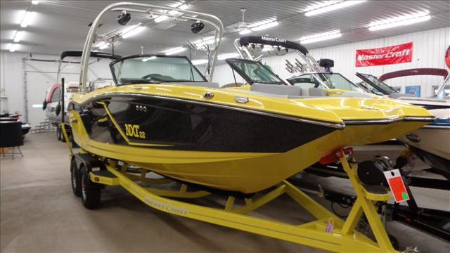 Mastercraft Sport/Ski Boat NXT22