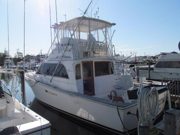 Egg Harbor 41 Convertible