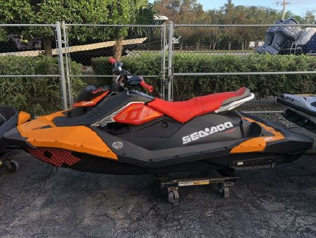 2019 Sea-Doo Spark® Trixx™ 3-up Rotax® 900 H O  ACE™ IBR