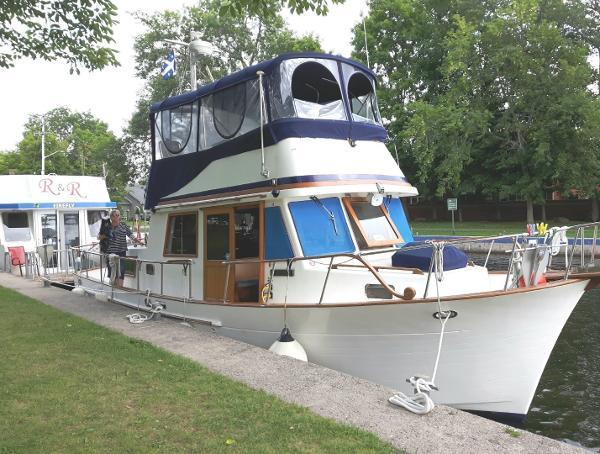 CHB SeaLord 34 Trawler