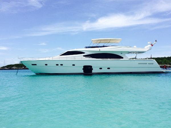 Ferretti Yachts 780 Port Profile