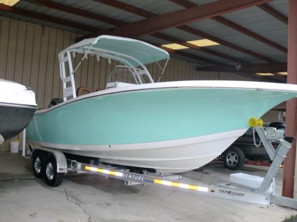 Tidewater Boats 220 SUV