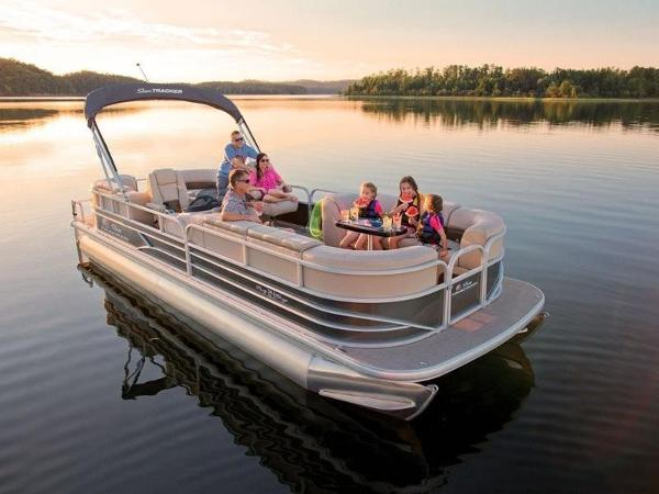 Sun Tracker Party Barge 24 DLX