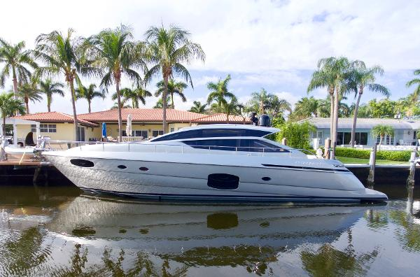 Pershing 62 Port Side profile