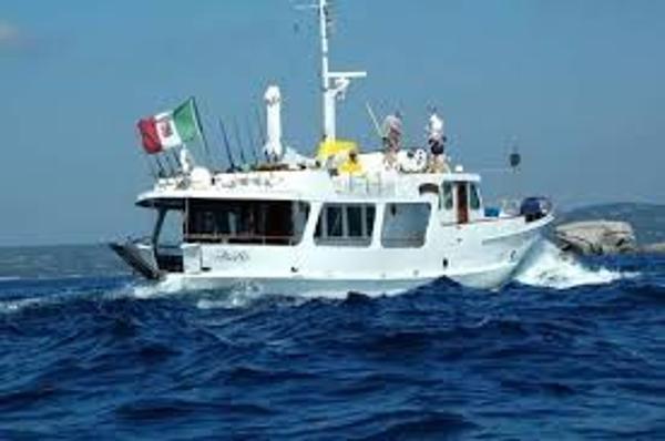 De Vries Lentsch de Ruiter Profile picture under sail