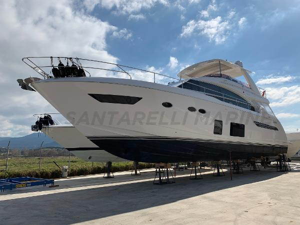 Princess 68 Flybridge Princess 68 Flybridge