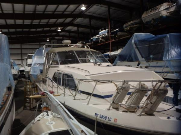 Chris-Craft 381 Catalina Double Cabin