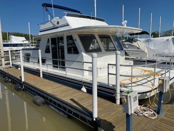 Gibson 41 Cabin Yacht