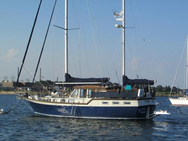 Nauticat 44 Port Quarter