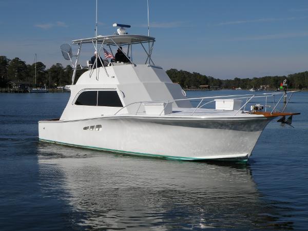 Egg Harbor 46 Sportfish Sedan