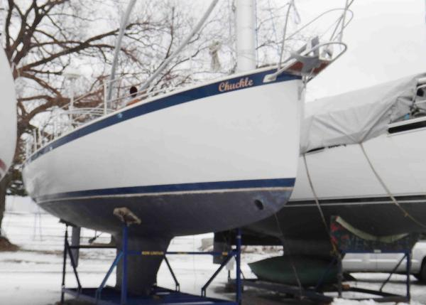 Hinterholler 30 Ultra Starboard Bow Profile