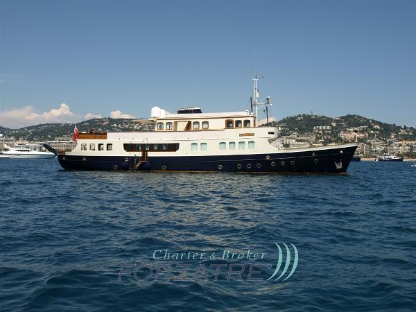 Motor Yacht Lady May 15 (1)
