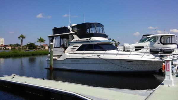 Sea Ray 410 Aft Cabin Profile_Stbd
