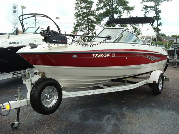 Used bayliner bowrider boats for sale in texas for Austin boats motors lakeway tx