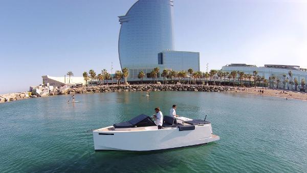 De Antonio Yachts D23 Cruiser