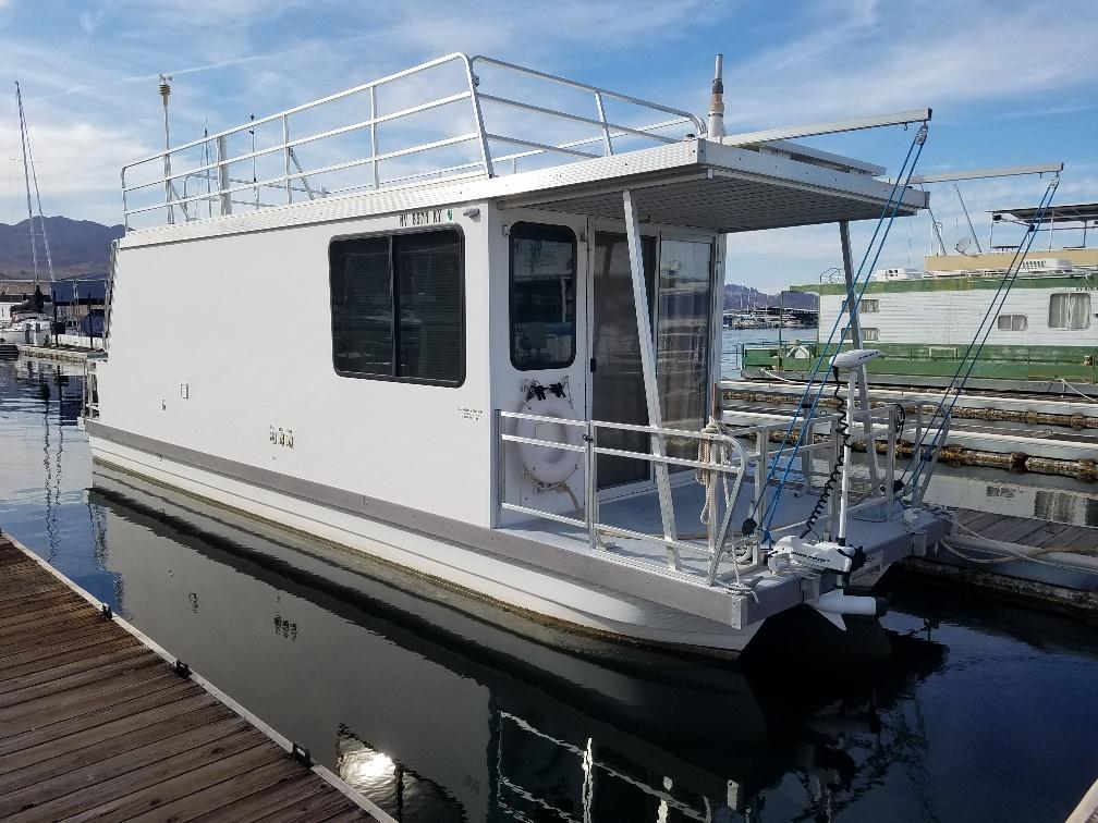 Catamaran Cruisers Lil Hobo