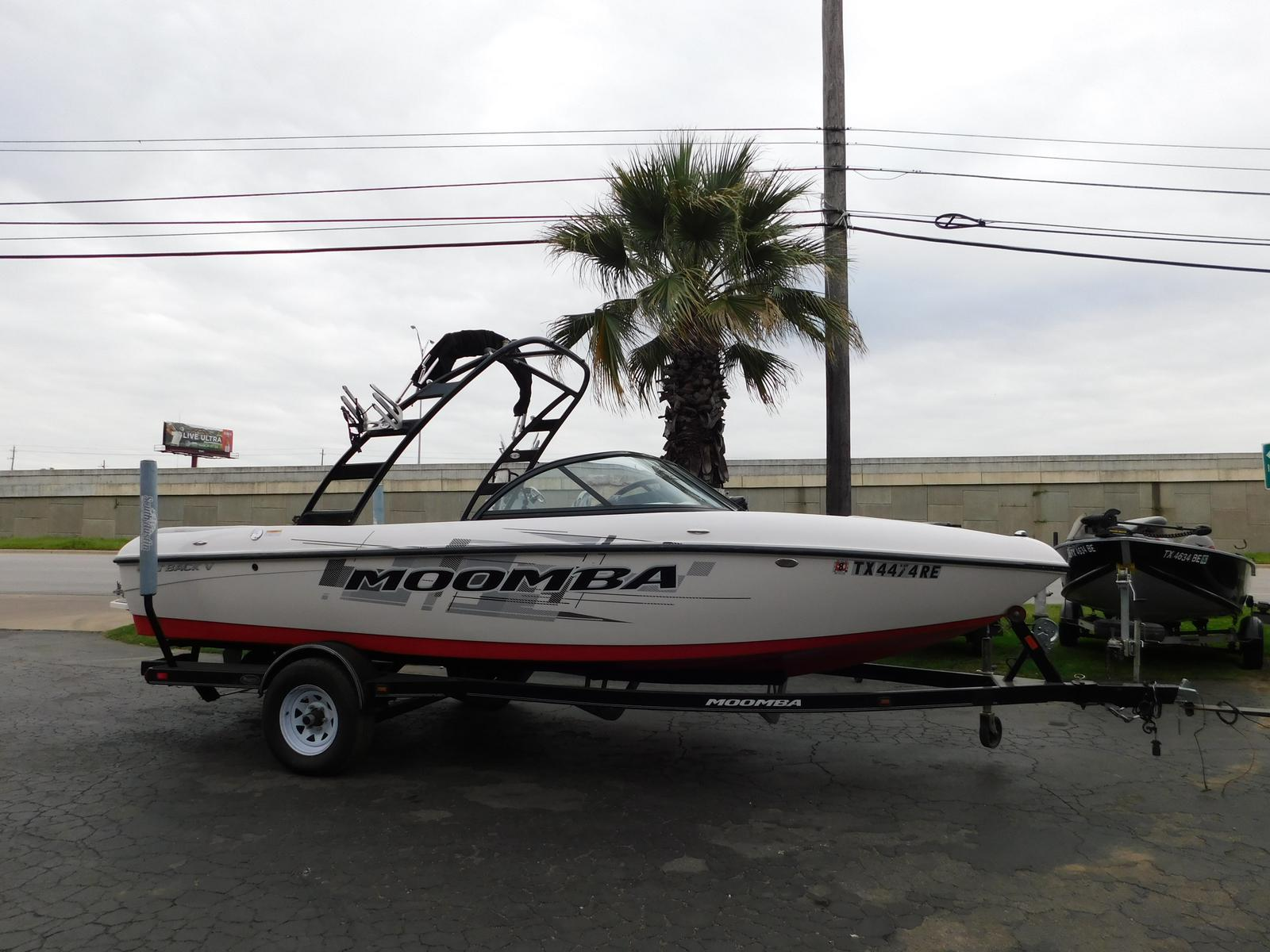 Moomba Tournament Inboard Boat Outback V
