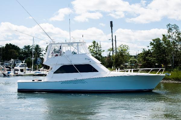 Viking 50 Conv Sport Fisher Starboard Side