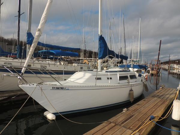 Islander Yachts Bahama