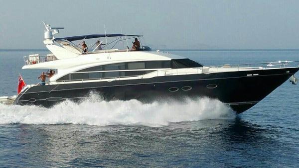 Princess Flybridge 82 Motor Yacht