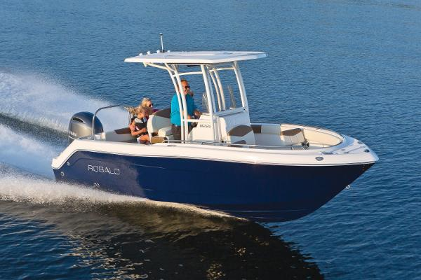 Robalo R222 ES 2017 Manufacturer Provided Image