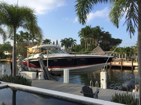 Formula 370 Super Sport Seven Seas Yacht Sales - 2016 370 FX FORMULA Cuddy Cabin