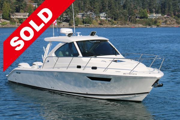 Pursuit OS 325 Offshore