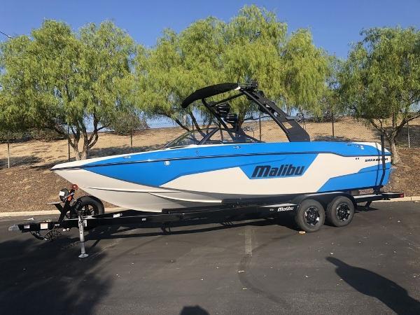 Malibu Boats 25 LSV