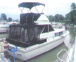 Chris-Craft 31 Commander Photo 1