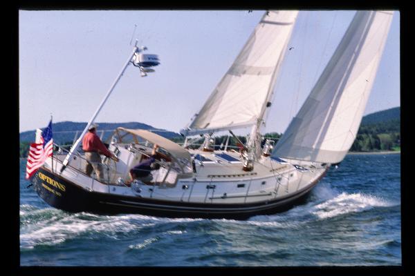 Morris Yachts Ocean Series 44
