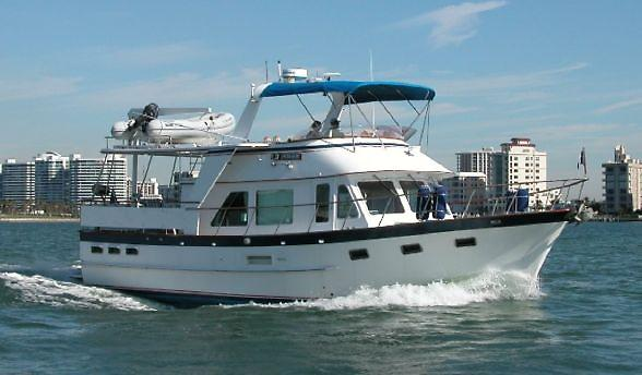 DeFever Offshore Cruiser 1.jpg