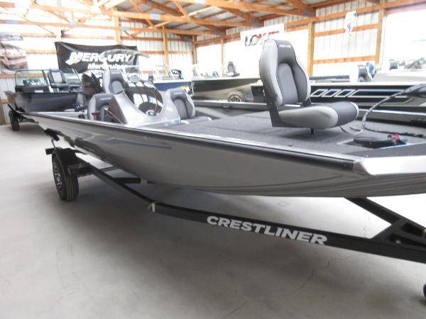Crestliner VT 18 DX
