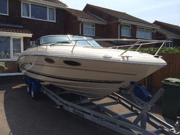 Sea Ray 230 Sea Ray Sea Ray 230 Overnighter