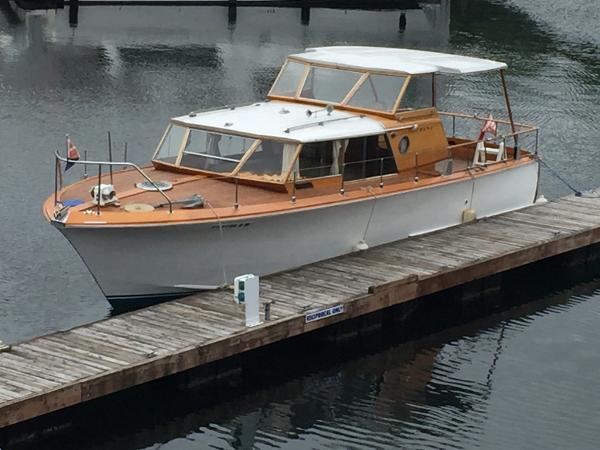 Owens Flagship Express Cruiser