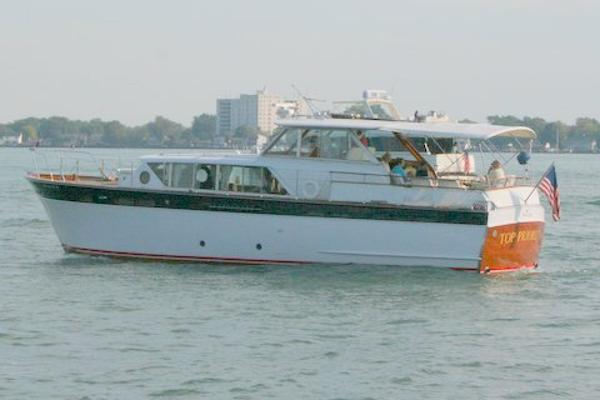 Chris-Craft Constellation 50