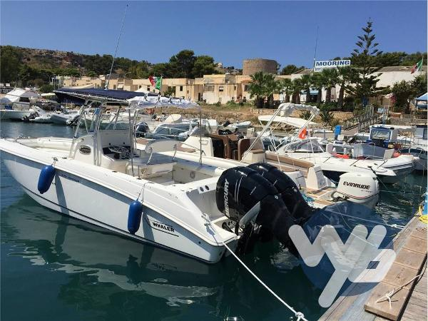 Boston Whaler 270 Outrage yfw57729-48839-...