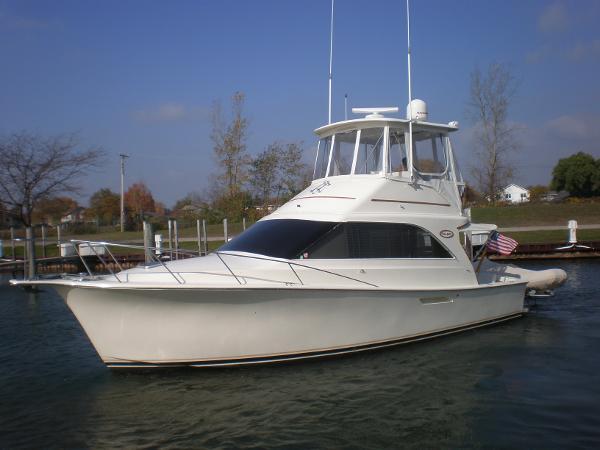 Ocean Yachts 35 Super Sport