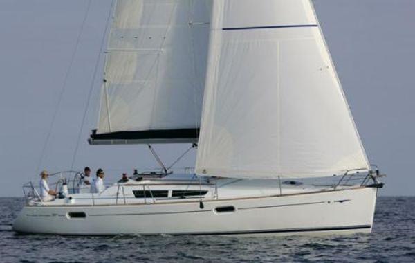 Jeanneau Sun Odyssey  39i Manufacturer Provided Image: Under Sail
