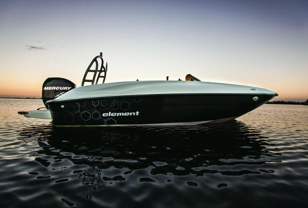 Bayliner Element 160 Black