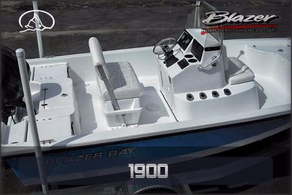 Blazer Boats 1900