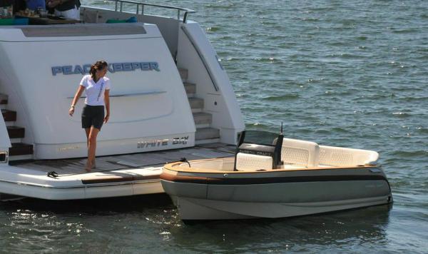 Carbon Craft Yacht Tender, Diesel Jet