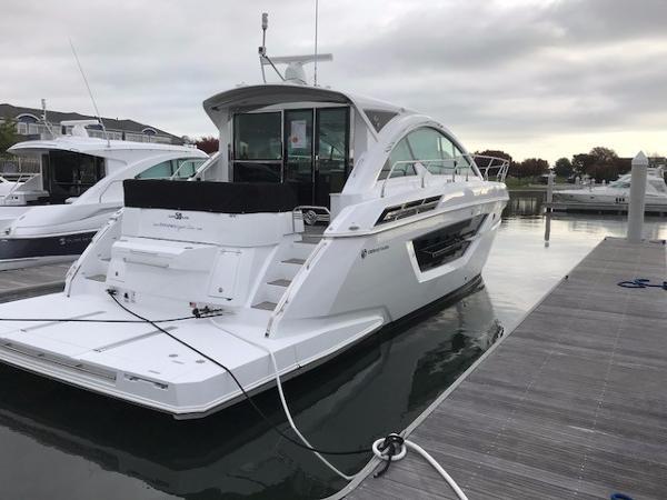 Cruisers Yachts 50 Cantius CRUISERS YACHTS